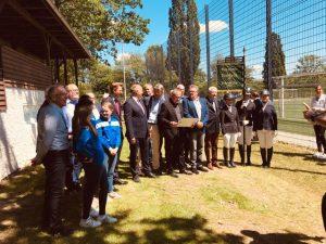 Renovierte Preisrichtertribüne im Sportpark Vornholz der Öffentlichkeit übergeben.